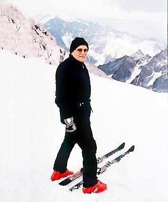 It is unbecoming of a cardinal to ski badly - Pope John Paul II