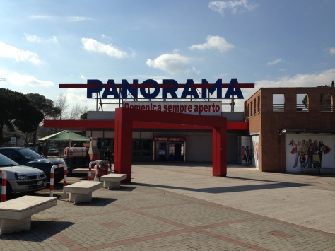 The Panorama! Italy's adorable supermarket!